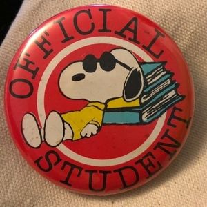 Vintage, Snoopy 'Official Student, button